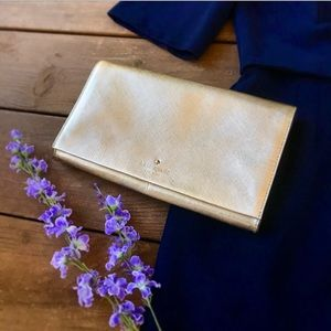 Authentic Kate Spade clutch.